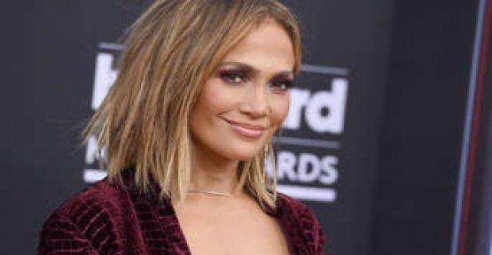 Attitude adjustment: Jennifer Lopez in a Bikini-top - Fans stunned