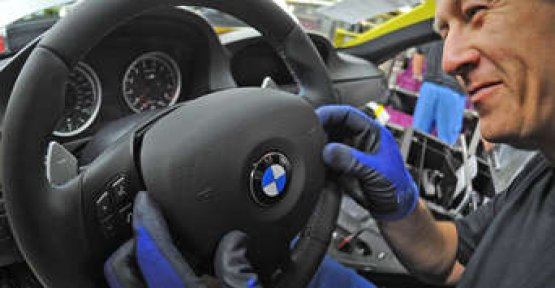 BMW needs to start a recall due to Airbags to almost 100,000 cars in Germany affected