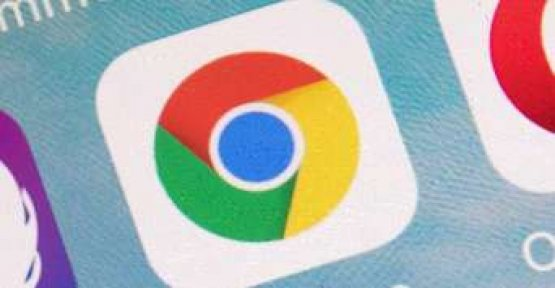 Chrome Browser now warns before hacked passwords