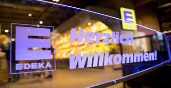 Edeka store is celebrating for the new offer and make a fool of himself so completely