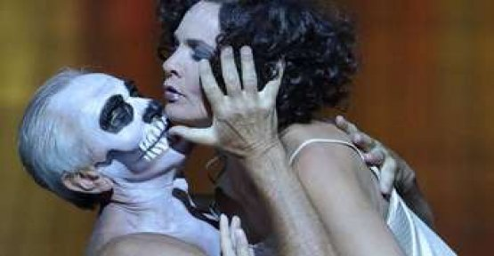Salome at the Bavarian state Opera, head to the cinema
