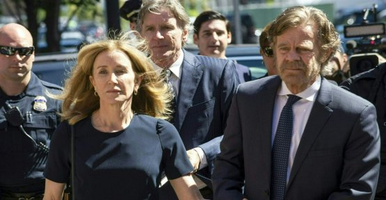 Desperate Housewives, Felicity Huffman sentenced to 14 days imprisonment
