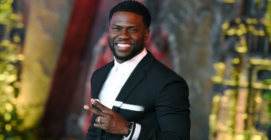 Comedian and actor Kevin Hart will moderate the Oscars 2019