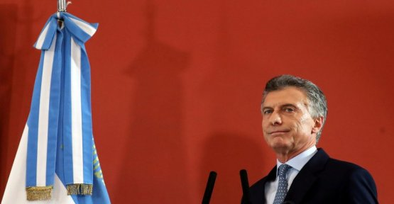 Inflation and the economic crisis: Argentina's President announces tough austerity measures