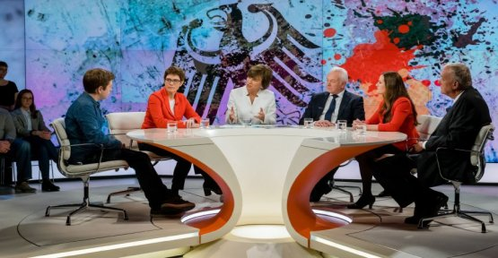 Kramp-Karrenbauer at Illner: so I think my chances are not so bad
