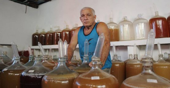 Like condoms, to facilitate the everyday life of the Cubans - not just during Sex