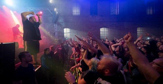 Punk band-concert: Fine cream fish fillet in Dessau celebrate