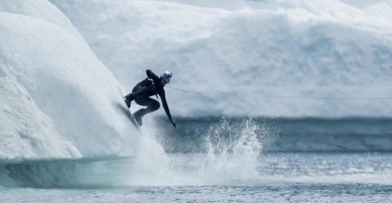 Wakeboarding : the incredible run fleece from Nikita Martyanov in Greenland