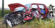 Novice (19) device in oncoming traffic - he dies after collision with Truck